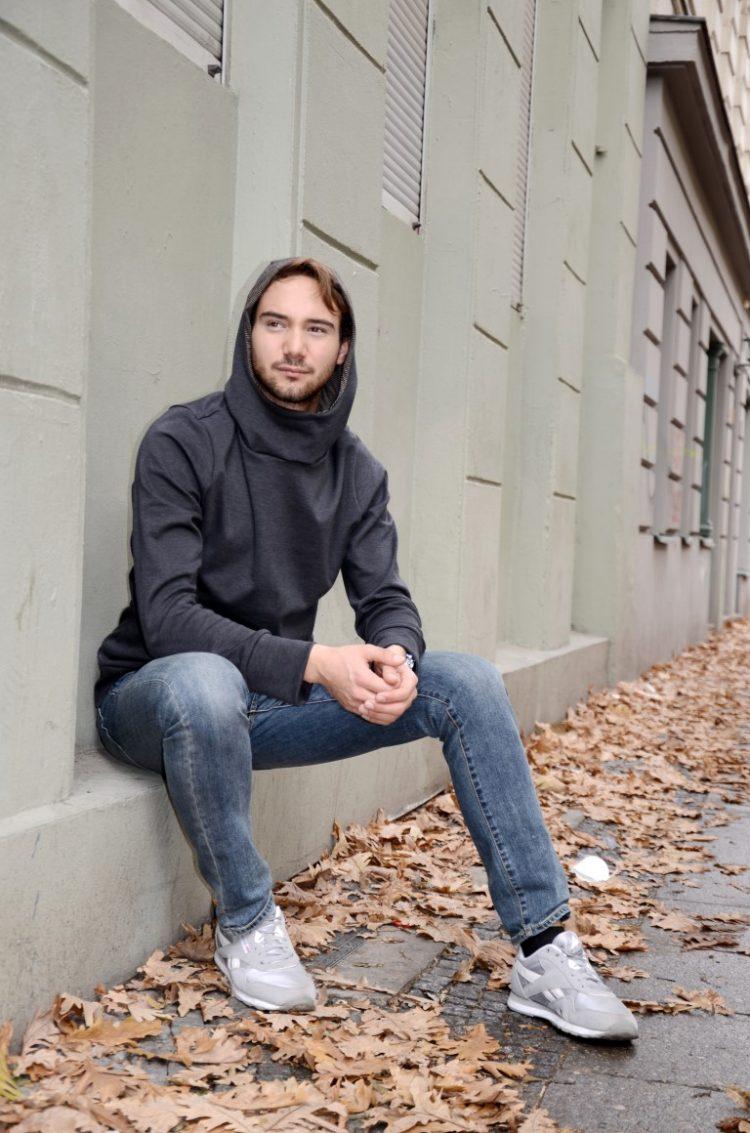 Kapuzenpullover für Männer in grau