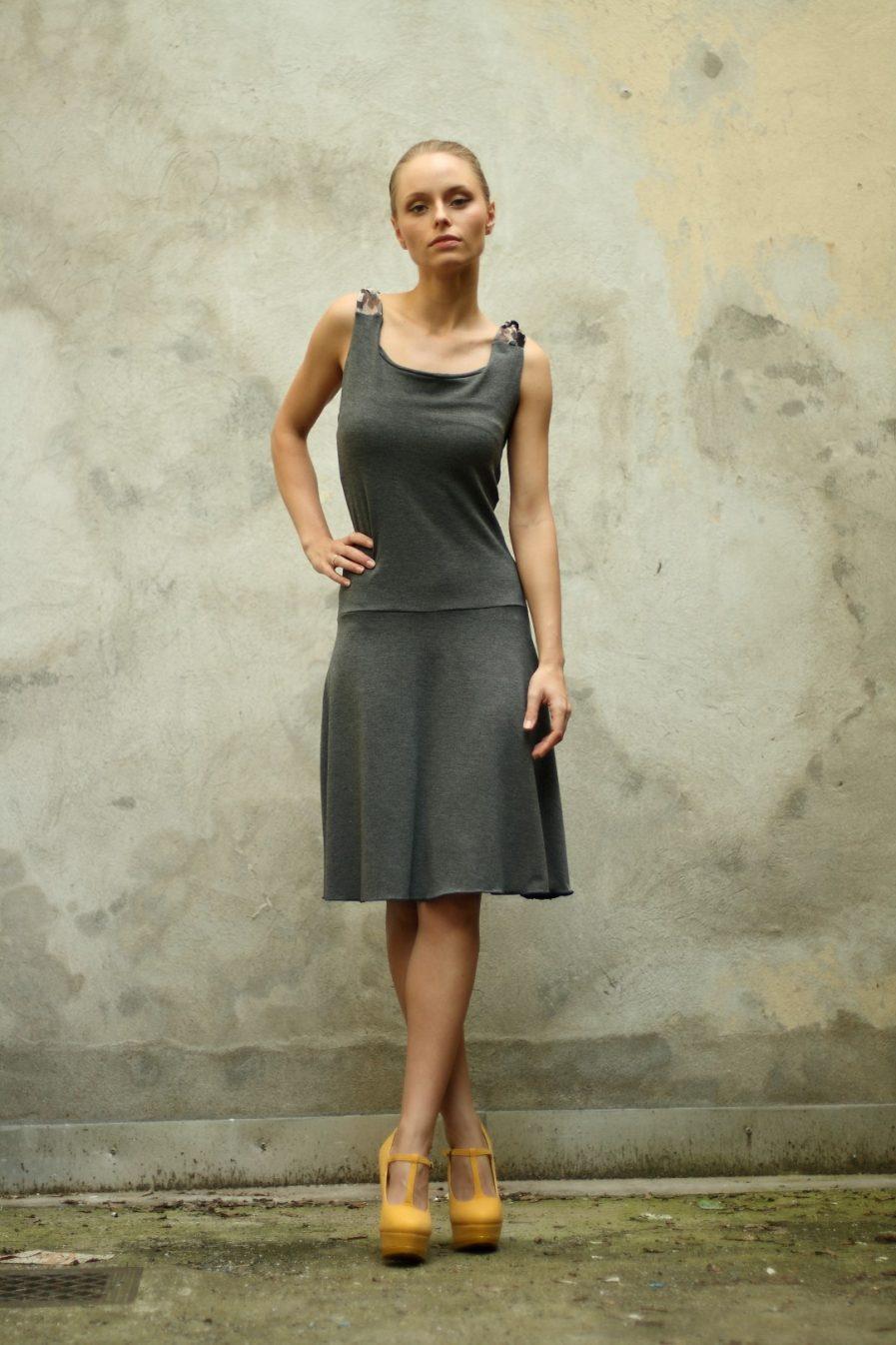 Rückenfreies Kleid aus oekotex Jersey