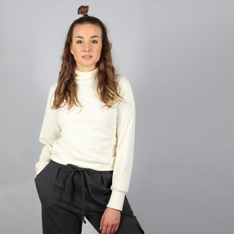 Turtleneck Pullover in creme weiß