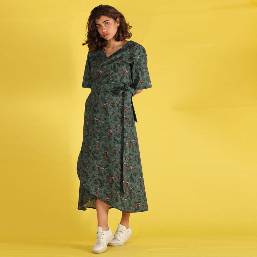 Langes Wickelkleid